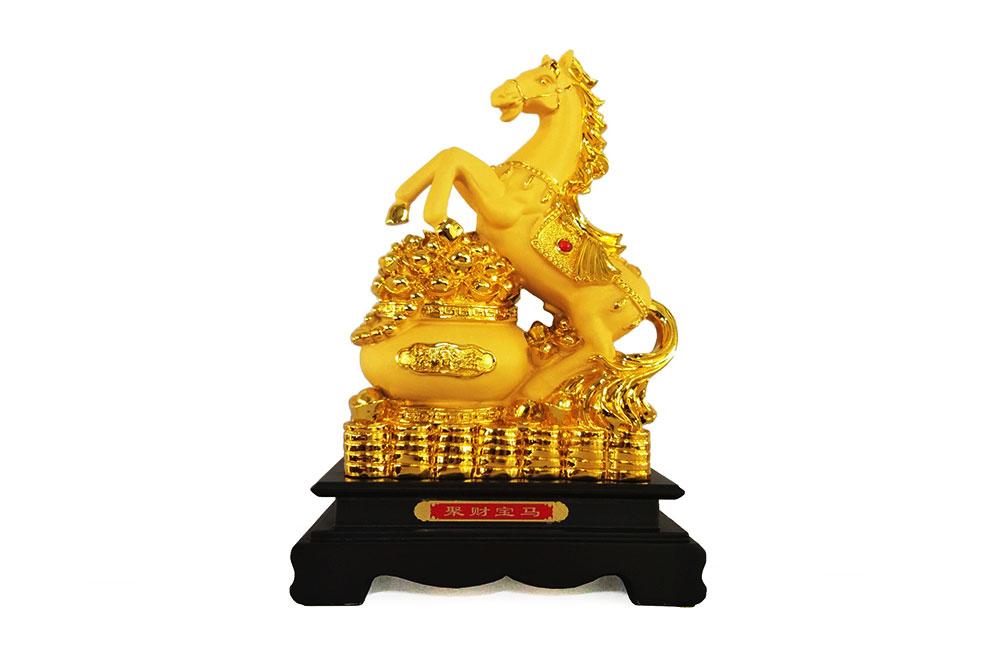 ม้ากระถางทอง