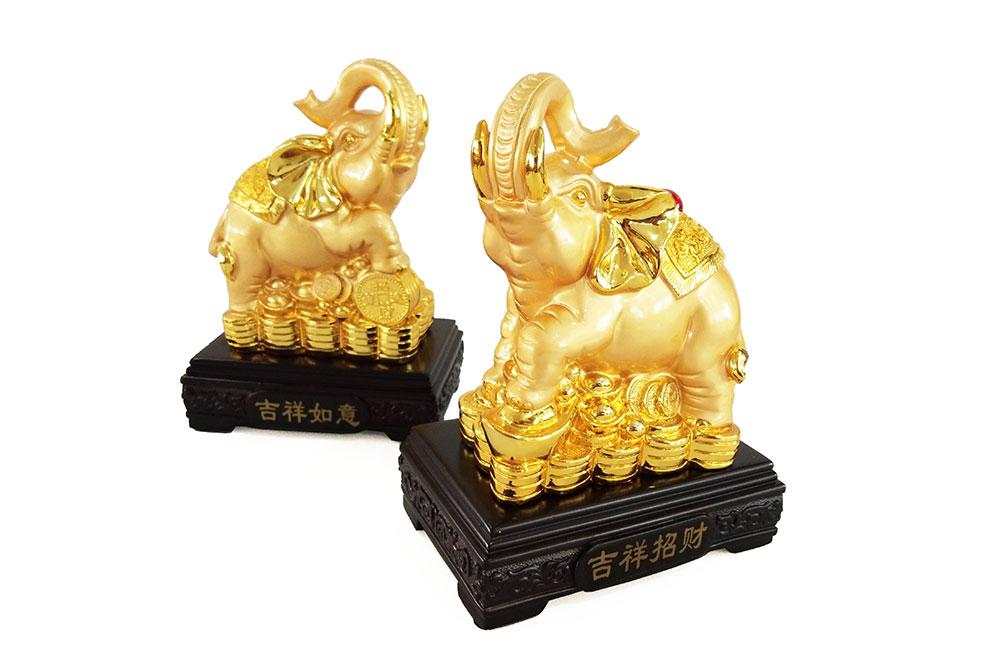 ช้างคู่มงคล